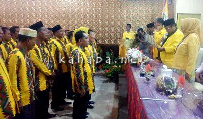 Pelantikan pengurus DPD II Partia Golkar Kabupaten Bima. Foto: Bin