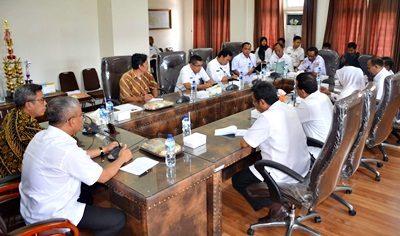 Pertemuan Jajaran Pemkot Bima dan Ombudsman. Foto: Hum