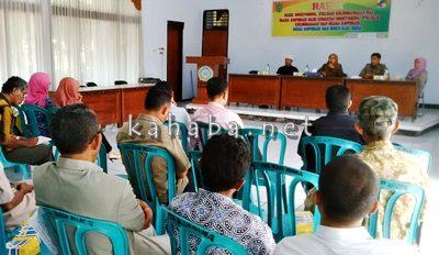 Rapat Monitoring  dan evaluasi kelembagaan dan usaha koperasi. Foto: Noval