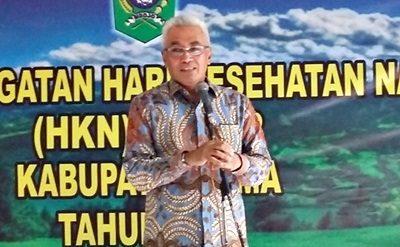 Wabup Bima H. Dahlan M. Noer saat memberikan sambutan pada Puncak Peringatan HKN ke-52. Foto: Hum