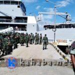 Bantu Korban Banjir, KRI Teluk Bintuni Tiba di Bima