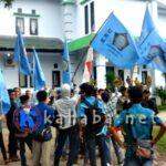 LDK STISIP Turun ke Jalan, Tolak Masjid Terapung Amahami