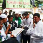 Ormas Islam Serahkan Petisi 212 ke Pengadilan