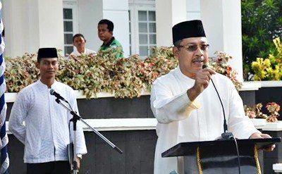 Walikota Bima HM. Qurais H. Abidin saat menyampaikan sambutan pada acara tausiyah, dzikir, doa dan istighosah bersama. Foto: Hum