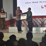 Walikota Bima Terima Penghargaan Pelayanan Publik dari Ombudsman