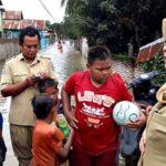 Bupati Bima Tinjau Banjir di Woha