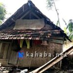 Janda Tiga Anak Ini Tinggal di Gubuk Reot