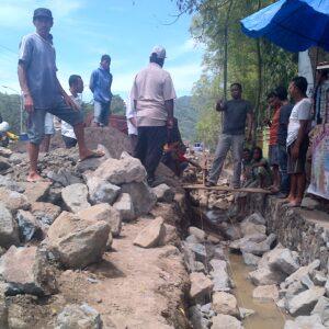Penggalian Drainase, Pemkot Bima Dituding Takut dengan Pemilik Toko