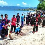 Kalian Keren, Pantai Lariti Jadi Benar-Benar Bersih