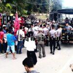 Tak Ditemui Walikota, Warga Korban Banjir Blokir Jalan