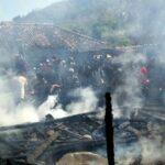 Kebakaran di Ambalawi, 3 Rumah Habis Terbakar