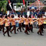 Gerak Jalan Indah SMP Pukau Penonton