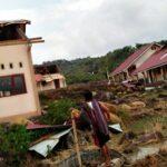 Angin Puting Beliung Hantam Rumah dan Sekolah di Donggo