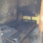 Kafe Pandaan Dirusak dan Dibakar