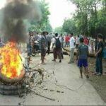 Desak Pelaku Pembacokan Ditangkap, Warga Rada Blokir Jalan
