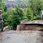 Jembatan Penghubung di Desa Tarlawi Putus