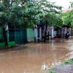 Hujan 20 Menit, Lingkungan Tambana Direndam Banjir