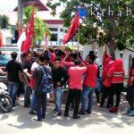 Demo Hari Anti Korupsi, LMND Desak Kasus Fiberglass, Bawang Merah dan K2 Dituntaskan
