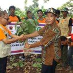 Komunitas Cinta Hutan Tanam Ribuan Bibit Pohon di Lelamase