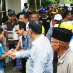 Blusukan di Rontu, Lutfi-Feri Disambut Hangat Keluarga