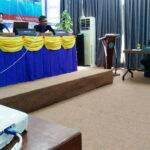 Dinda Ikut Seminar Proposal Skripsi di STIE Bima