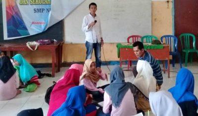 Suasana kegiatan sekolah kepemimpinan yang digelar SMPN 1 Wera