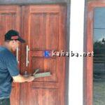 Kades dan Sekdes Lewintana Malas, Sekertaris BPD Segel Kantor Desa
