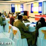 KOMPAK Fasilitasi Konsultasi Publik Raperbup SID dan Aparat Desa