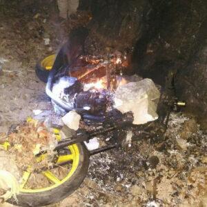Motor Terduga Pelaku Jambret Dibakar Massa