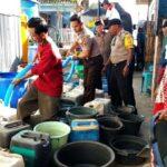 Polres Bima Kota Bantu Air Bersih Untuk Warga Tanjung