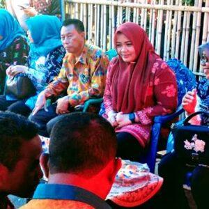 Bupati Bagi-Bagi HP Untuk Ketua RT, Peran Mereka Dinilai Ujung Tombak Pembangunandi Desa