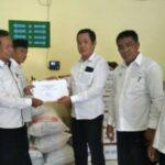 SMAN 1 Kota Bima Patungan Bantu Warga Lombok