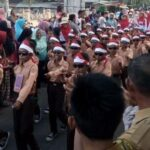 65 Regu SD di Bolo Ikut Gerak Jalan Indah