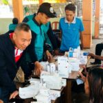 Syafrudin Dampingi Pelayanan Kesehatan Warga Terdampak Gempa di Pulau Bungin