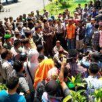 Ketua DPRD Temui Massa Aksi STISIP, Sudirman DJ Akan Diproses Kode Etik