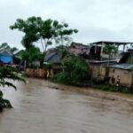 Hujan Belum Berhenti, Air Sungai Padolo Sudah Meluap di Pemukiman