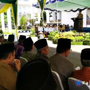 Walikota Bima Serahkan Santunan Dana ZIS BAZNAS