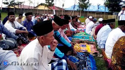 Khawatir Gagal Panen, Warga dan Ustadz di Ponpes Almadinah Sholat Istisqo