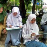 Siswa SMKN 3 Kota Bima Belajar di Taman Ria, Imajinasi Lebih Terbuka
