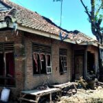 Rumah Terduga Pelaku Pembacokan di Sondosia Dirusak Keluarga Korban