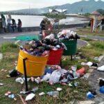 Sampah Berserakan di Taman Amahami, Kemana Petugas Sampah?