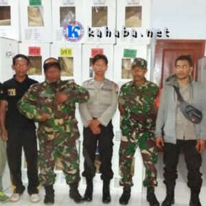 Polisi, TNI dan Pol PP di Donggo Terus Kawal Rekapitulasi Suara