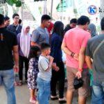 Muda-Mudi Berburu Menu Buka Puasa di Pasar Ramadan