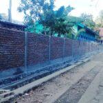 Bangun Tembok Sekolah Negeri Pakai DD, Warga Ancam Lapor Kades Raba ke Polisi