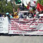 Tolak Revisi UU Pertanahan, Mahasiswa Bima Kepung Kantor DPRD