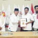 Tampil Percaya Diri, H Syamsuddin Daftar di 3 Partai