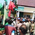 Demonstrasi di Depan Kantor Walikota Bima Ricuh