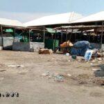 UPT Pasar Apatis, Kondisi Pasar Tente Kotor dan Semrawut