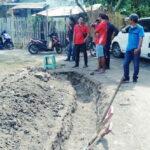 Warga Hentikan Pekerjaan Drainase di BTN Sadia