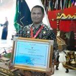 Kepala Rutan Bima Dapat Penghargaan Dari Menteri Hukum dan HAM